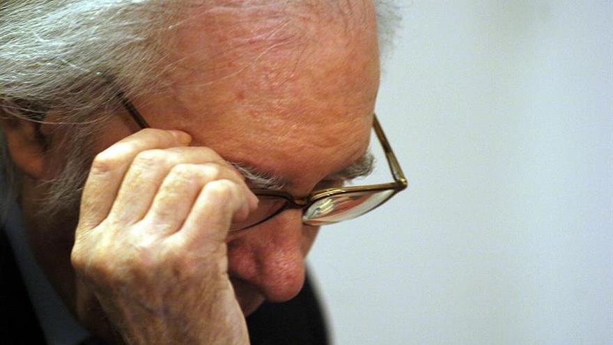 """""""Mis queridos políticos"""" rinde homenaje a Umbral a los diez años de su muerte"""