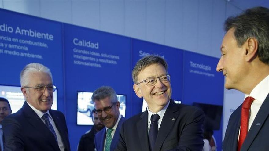 Ford celebra cuatro décadas en Almussafes con el deseo de estar 40 años más