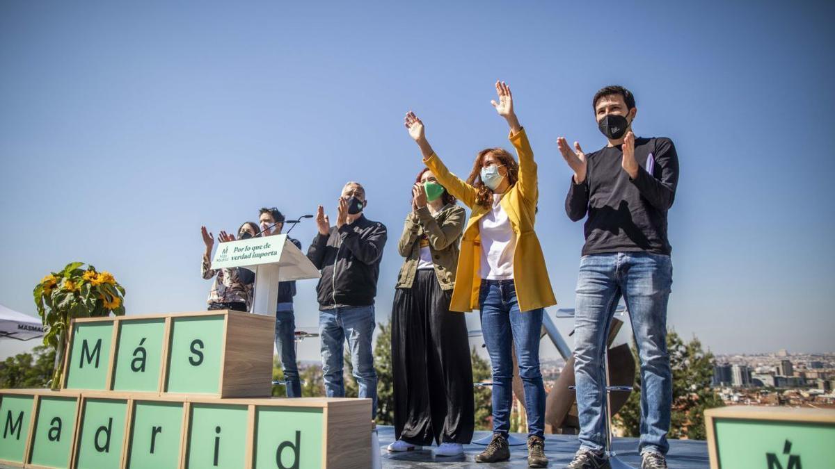La candidata de Más Madrid, Mónica García, en el arranque de campaña junto a Iñigo Errejón, Rita Maestre, Pablo Gómez Perpinyá, María Pastor y Paco Pérez.