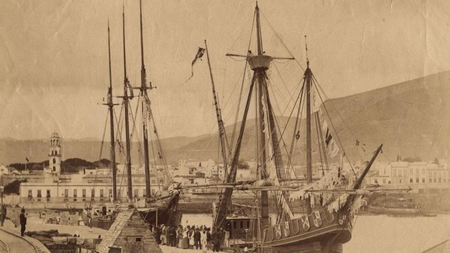Naves de Colón en Santa Cruz de Tenerife, 1890.