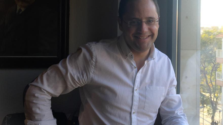 César Luena ha analizado la situación del expresidente Valcárcel en su visita a Murcia / MJA