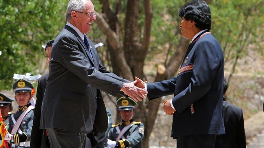 El presidente peruano afirma que el tren bioceánico debe pasar por Bolivia