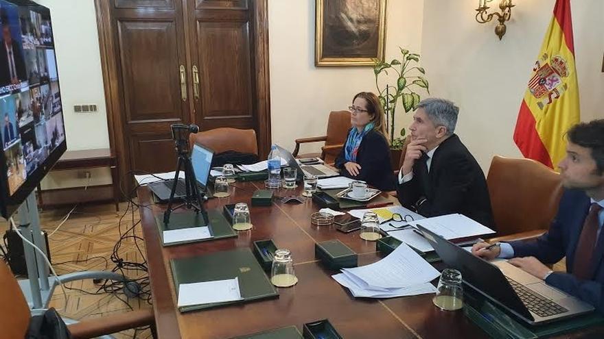 """Marlaska responde a Monago que el Gobierno informa con """"transparencia"""" sobre los datos de fallecimientos"""