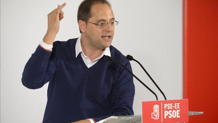 """Luena (PSOE): """"La democracia digital en Podemos es el dedo de Pablo Iglesias"""""""