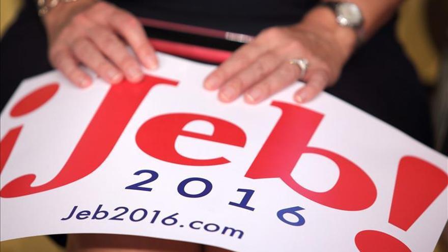 """Bush afirma que está listo para """"tomar el mando"""" de Estados Unidos"""