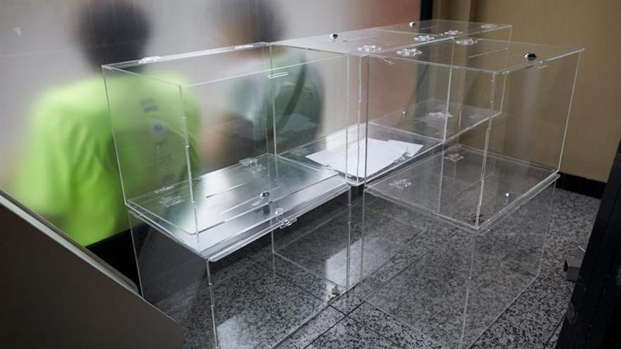 El Fiscal ordena a la Policía Local evitar que las urnas de 1-O salgan de los ayuntamientos