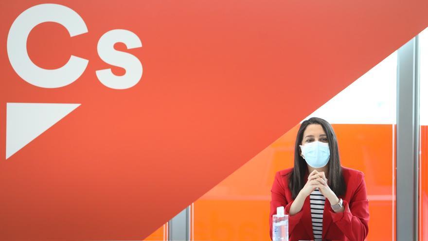 La líder de Cs, Inés Arrimadas, durante una rueda de prensa, a 26 de abril de 2021, en Madrid, (España).