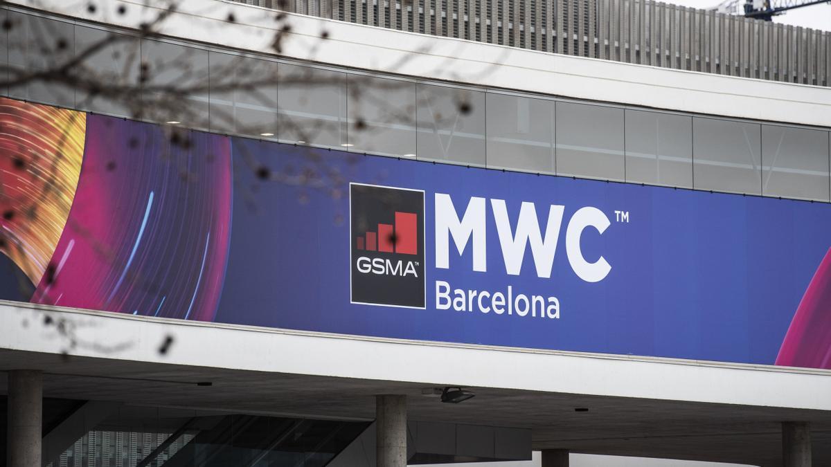 Exterior del pabellón del evento Mobile World Congress (MWC) de 2020, el mismo día en el que la GSMA canceló la celebración del congreso tras el impacto del coronavirus, en la Fira de Barcelona (España)