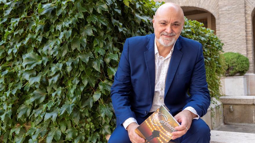 Loquillo y Serrat, en el homenaje que recorrerá la vida de Joaquín Carbonell