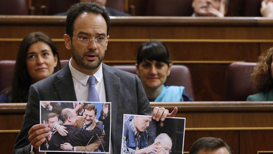 Antonio Hernando, durante la sesión de control. Foto: Inma Mesa/PSOE