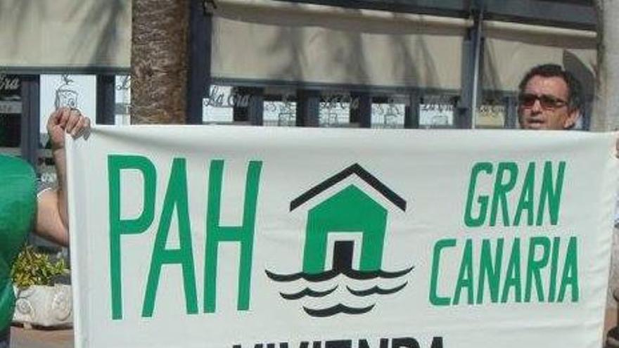 Pancarta de la PAH Gran Canaria