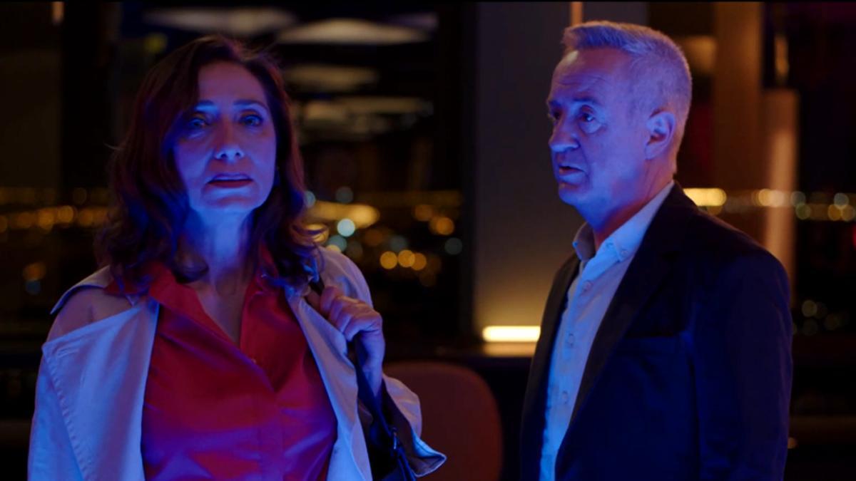 Karina y Carlos, durante su reencuentro en 'Cuéntame'