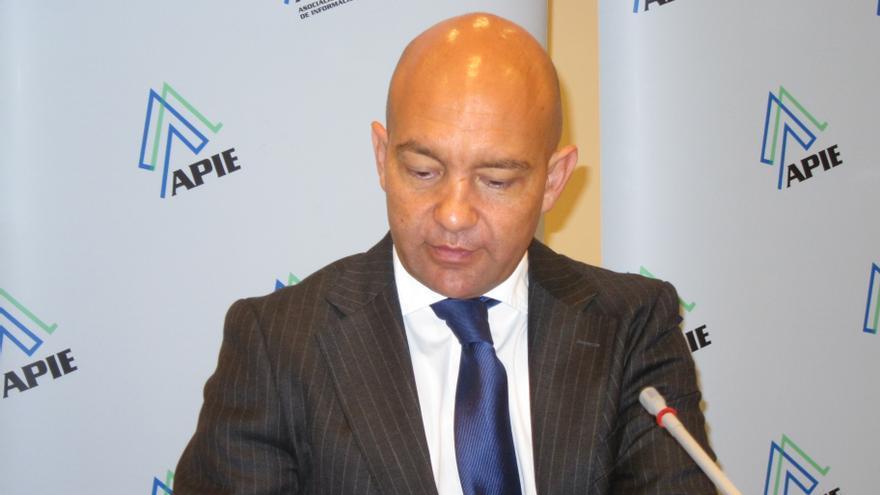 El Gobierno dice que la liberalización horaria no tendrá efectos negativos sobre el pequeño comercio