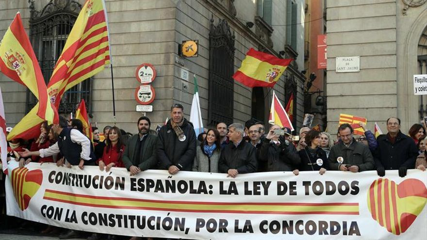 Albiol reprocha a Arrimadas e Iceta que no asistan a la manifestación del 6D
