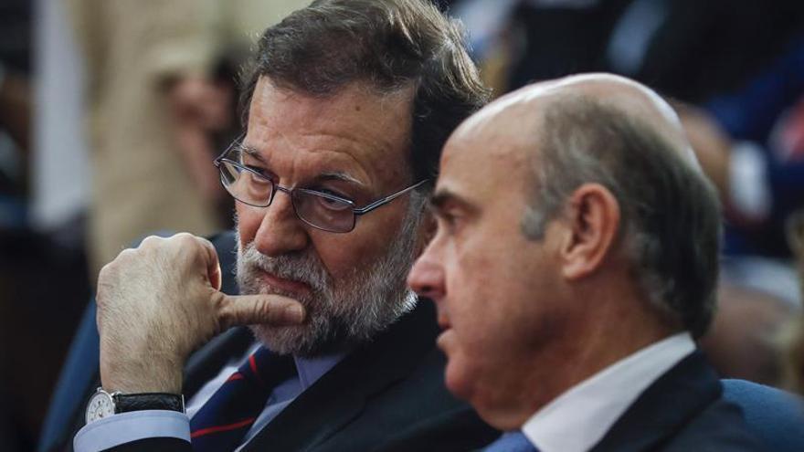 Rajoy anuncia mejores medidas regulatorias para las pymes a finales de julio
