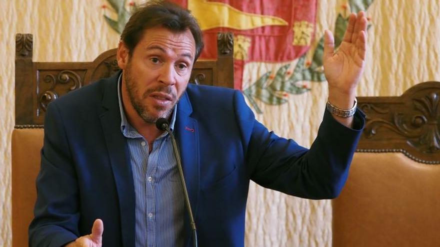 Óscar Puente: León pide la autonomía al no verse capaz de arreglar sus problemas