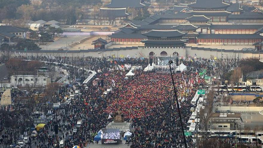 Seúl escenario de una nueva protesta para pedir la dimisión de la presidenta