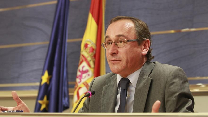 """Alonso censura el """"portazo"""" del PSOE al pacto anticorrupción y ve """"mezquino"""" que se dedique a insultar al PP"""