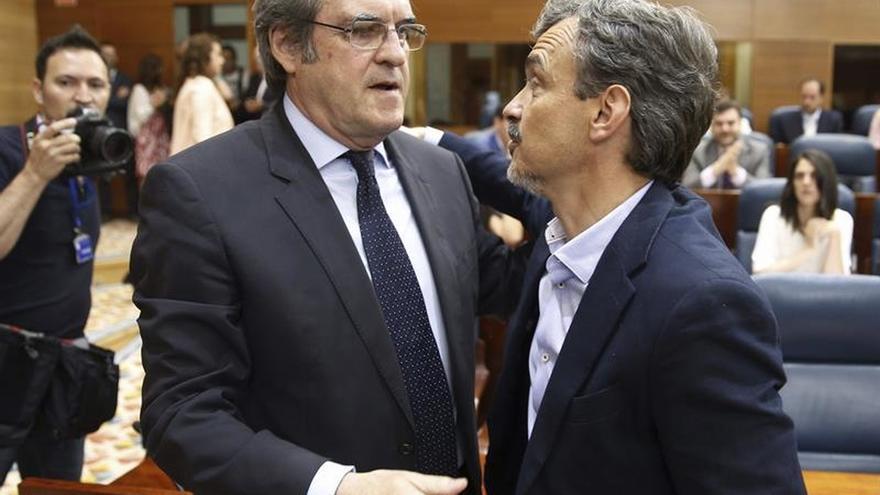 El PSOE y Podemos de Madrid piden un referendo para la reforma del Estatuto de Autonomía