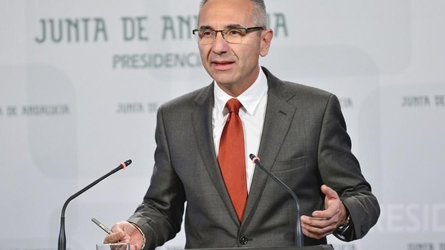 """Vázquez: """"Todos los proyectos"""" del acuerdo PSOE-IU """"irán viendo la luz porque es el compromiso del Gobierno andaluz"""""""