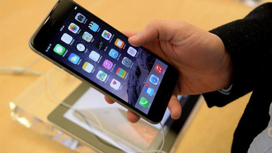 Apple apela el fallo que impide vender dos modelos de iPhone en China, según WSJ