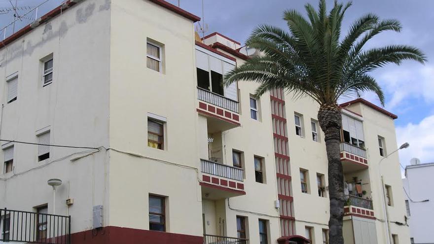 En la imagen, el antiguo edificio del albergue municipal conocido popularmente como La Incubadora.