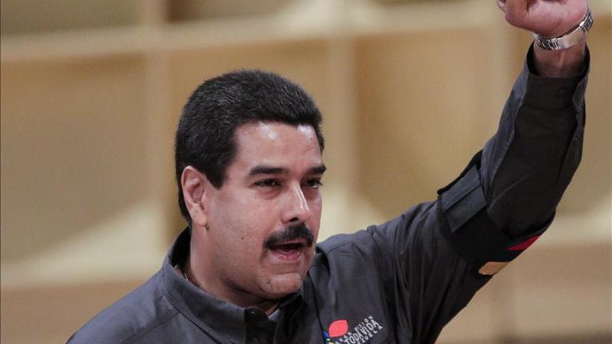 "Maduro dice que enfrenta un ""golpe de Estado económico silencioso"""