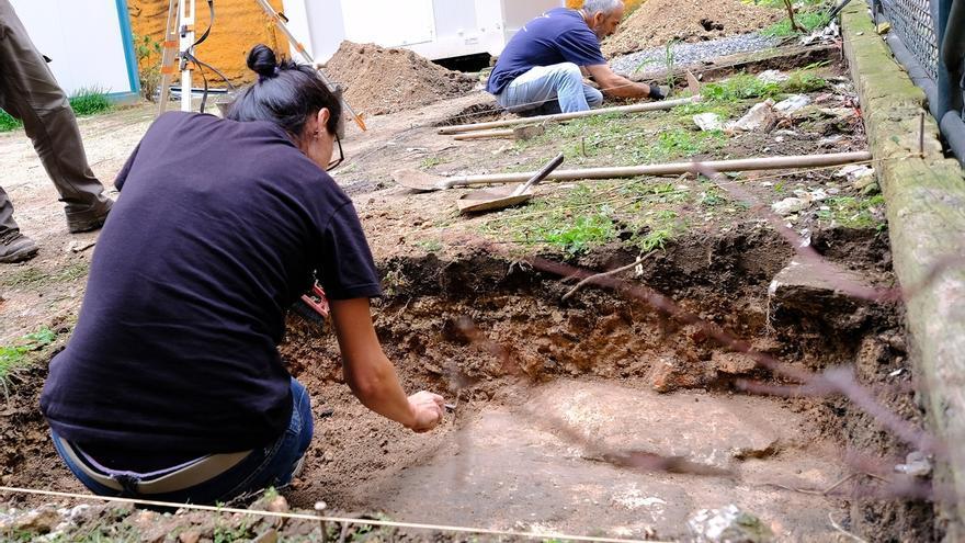 Comienzan los sondeos arqueológicos en el solar de la calle La Paz