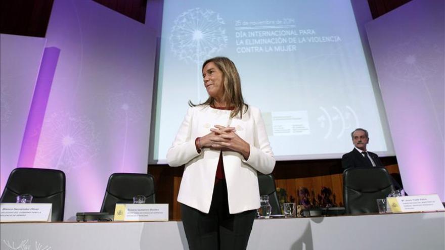 Ana Mato condena el despreciable asesinato de una madre y su hija en Madrid