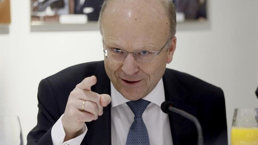 El presidente del TJUE: La UE respeta el reparto de competencias Gobierno-regiones