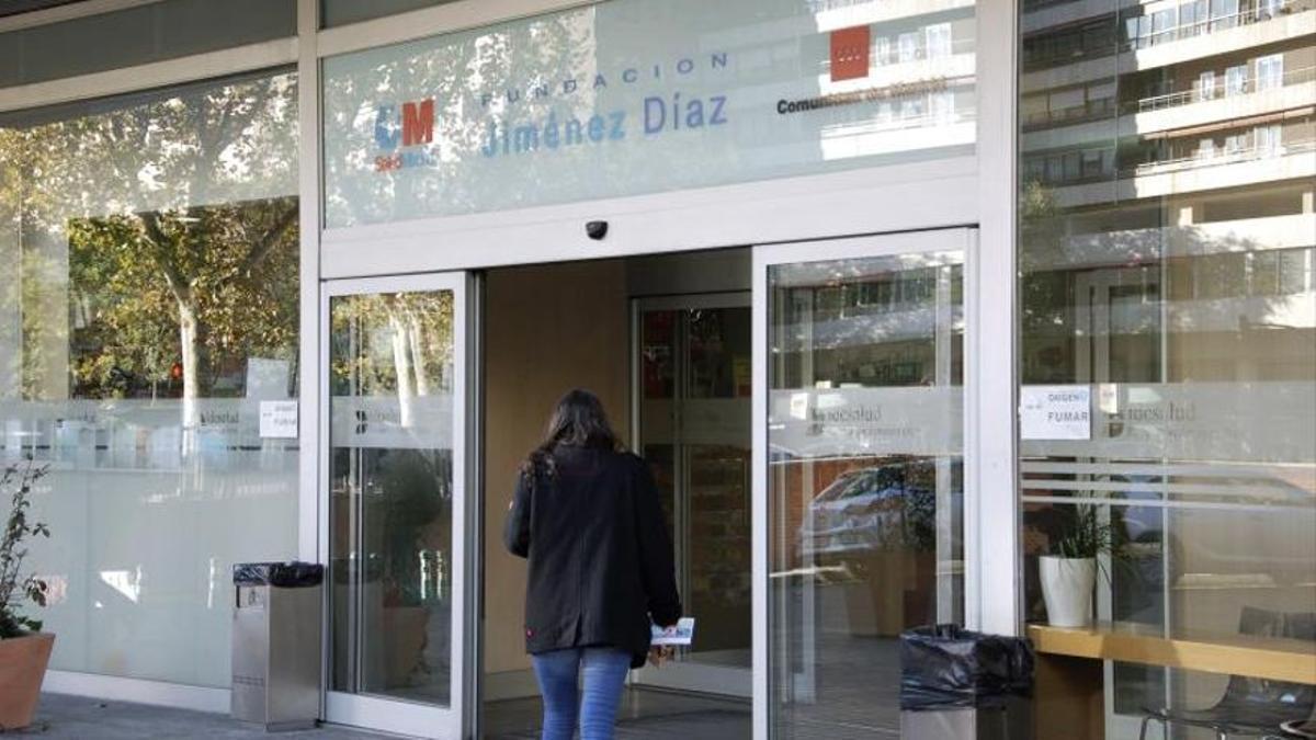 Entrada al hospital Fundación Jiménez Díaz, en Madrid.
