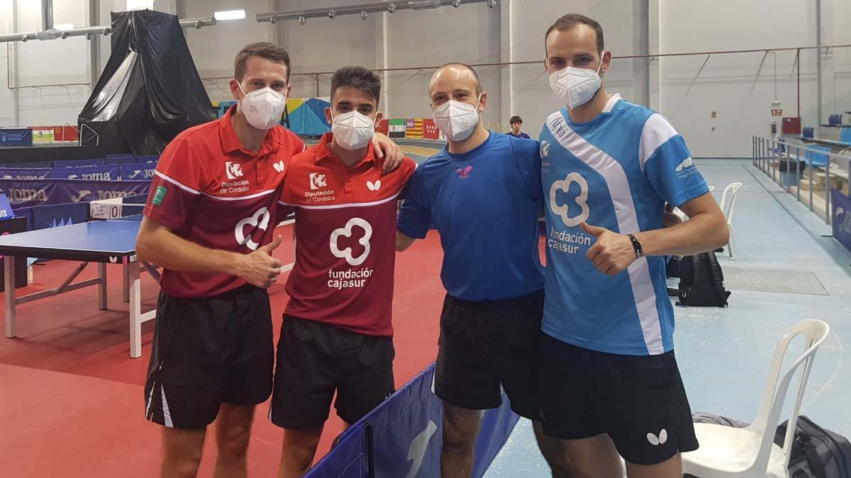 Integrantes del Cajasur tras su primer choque de Copa