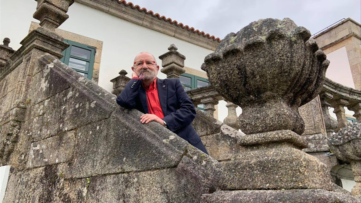 El activista y Presidente de Honor de la Coordinadora Gai-Lesbiana de Catalunya, Jordi Petit, en una visita a Pontevedra