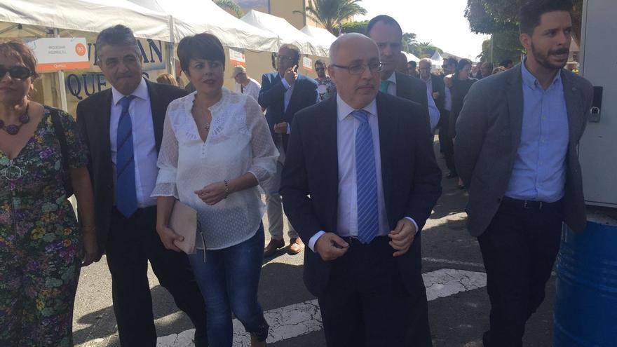 Políticos inaugurando la Feria del Sureste 2017