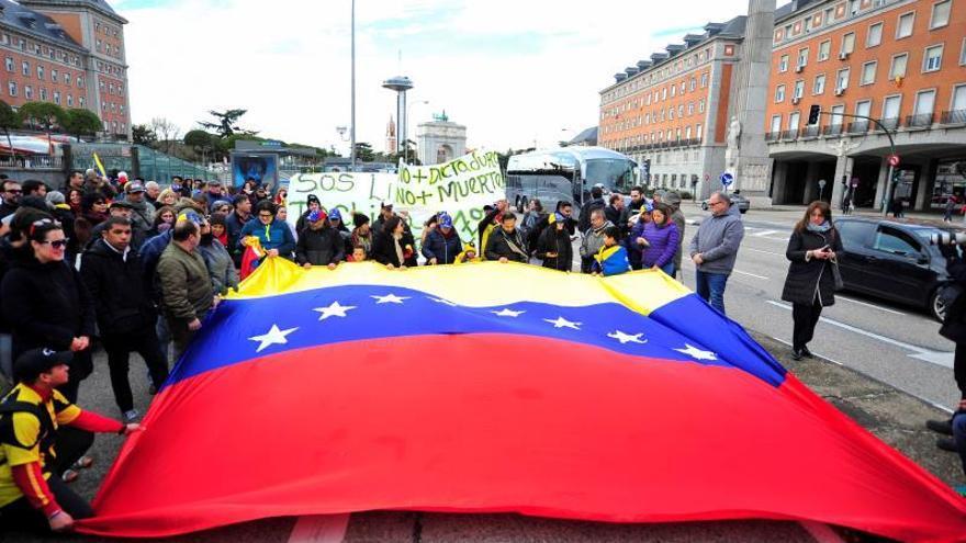 Conceden a 400 venezolanos el permiso de residencia por razón humanitaria