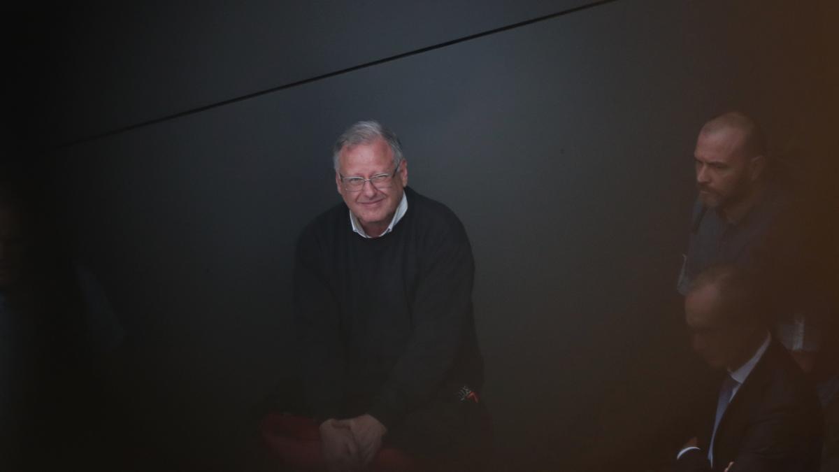 El español Carlos García Juliá, uno de los autores de la matanza de Atocha de 1977, embarca en el aeropuerto internacional de Guarulhos (Brasil).