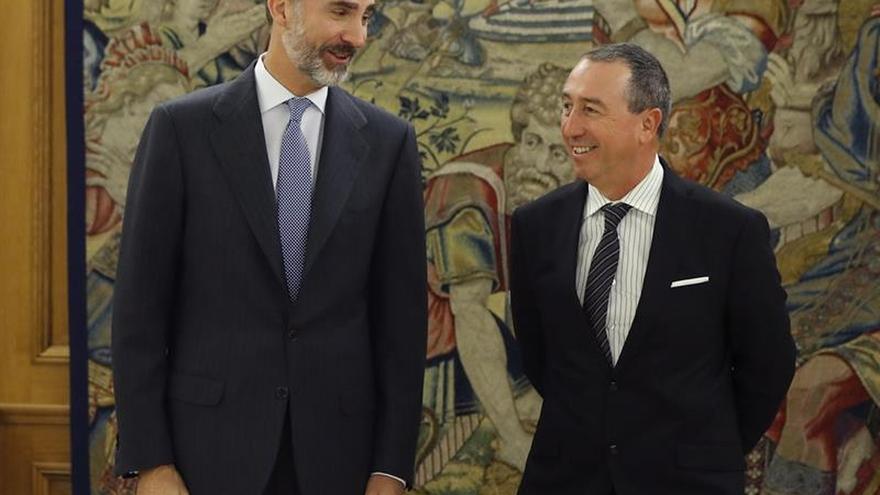 Rey reanuda con Baldoví su ronda de consultas para decidir si propone a Rajoy
