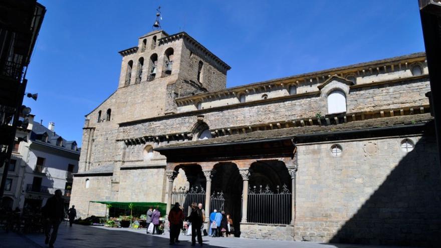Exterior de la Catedral de Jaca.