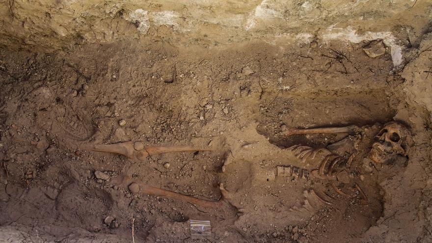 Exhumación de los restos cadavéricos de Guillermo Palmero, desaparecido en marzo de 1937 y muerto en la Batalla del Jarama. Foto: Óscar Rodríguez (ARMH)
