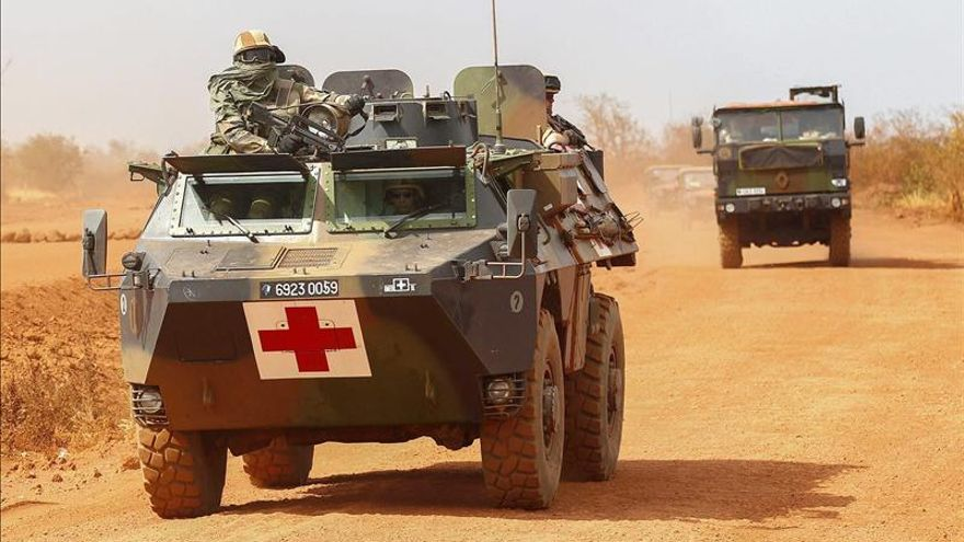 Las tropas franco-malienses ocupan Tombuctú abandonada por los islamistas