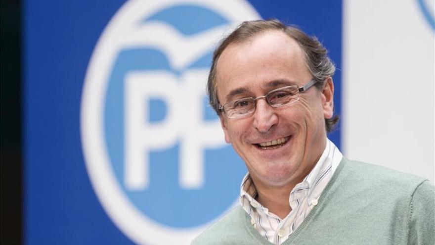 Alonso precisa que la prioridad del PP es reducir el paro y no reformar el Senado