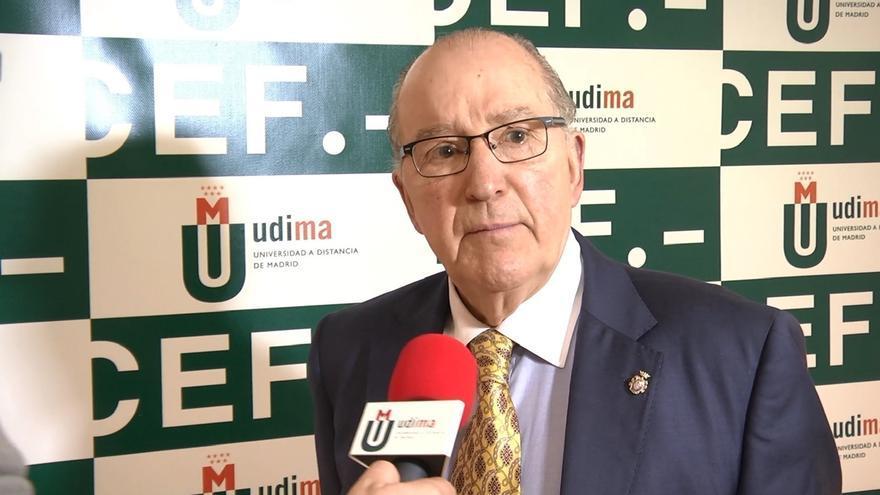"""El primer director de Prisiones en democracia: """"Si ETA se somete al Código Penal, puede haber acercamiento progresivo"""""""