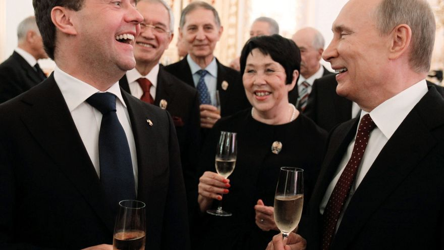 Putin deshace el camino andado por Medvédev y relega el tándem al olvido