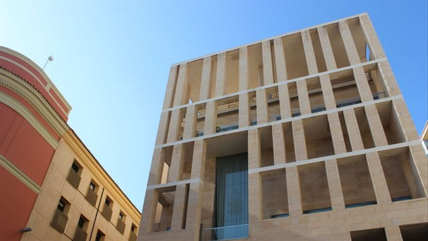 Edificio anexo del ayuntamiento de Murcia, diseñado por el arquitecto Rafael Moneo / PSS