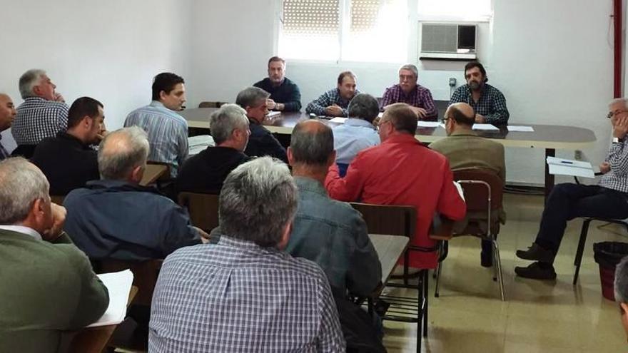 Reunión de delegados de contratas de Repsol / Foto: CCOO