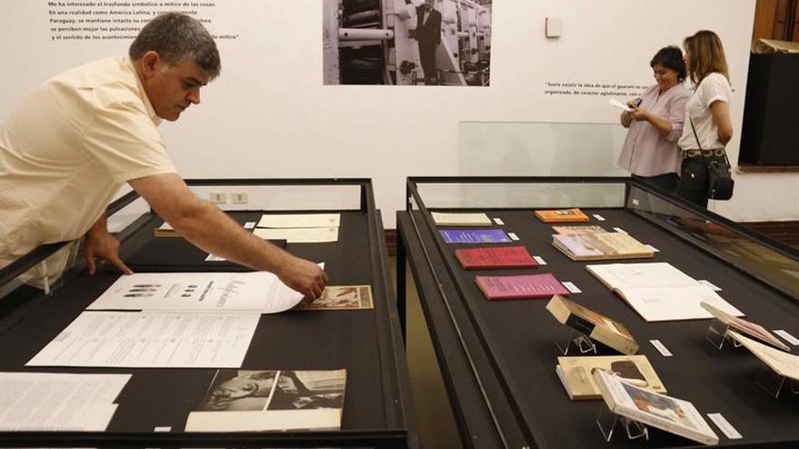 """El centenario de Roa Bastos buscará que los paraguayos se """"apropien"""" del escritor"""