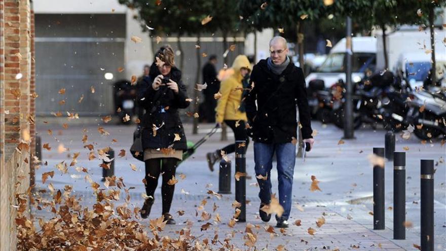 Siete provincias de cinco comunidades, en alerta naranja por fuertes vientos
