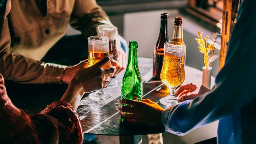 Un apoyo millonario para recuperar la esencia del verano: los bares y las terrazas