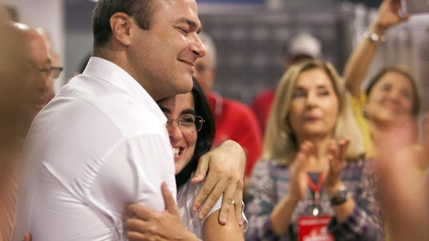Augusto Hidalgo consigue ser el candidato a la alcaldía de Las Palmas de Gran Canaria por parte del PSC. EFE/Ángel Medina G.