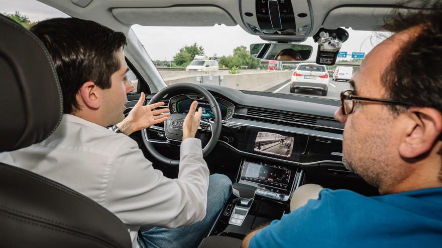 Este asistente de Audi sitúa al buque insignia de la marca alemana en un nivel 3 de conducción.